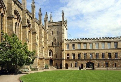 New-College-Oxford-420x0