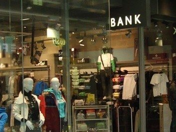 Bank Store